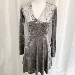 PERFECT for FALL/HOLIDAYS   FOREVER 21 DRESS SMALL
